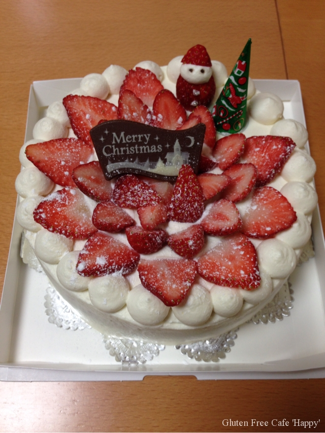 イチゴたっぷりクリスマスケーキ(^_−)−☆